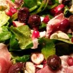 Salat mediterran und fruchtig
